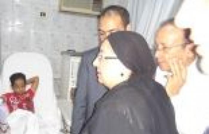 بالصور| وزيرة الصحة تتفقد مستشفى رأس غارب المركزي