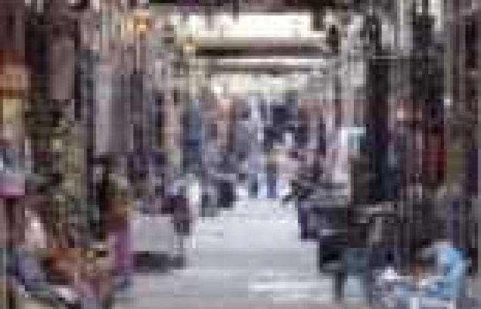 السوق السياحى.. «فين أيام البيع والشرا»