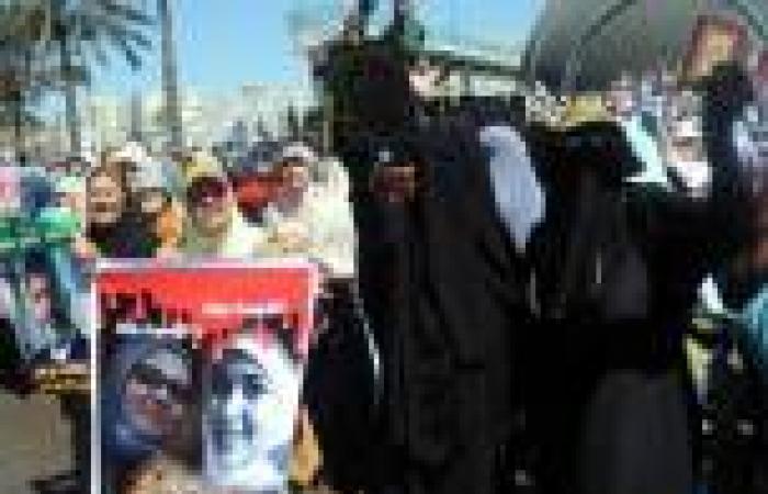حبس 4 فتيات 15 يومًا لحيازتهن منشورات مدونًا عليها «مشروع شهيدة» بالإسماعيلية