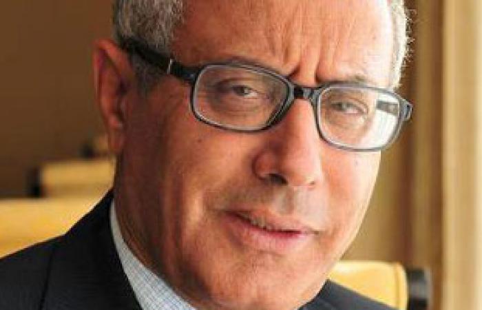 رئيس وزراء ليبيا يتهم نائبين برلمانيين بالتورط فى عملية خطفه