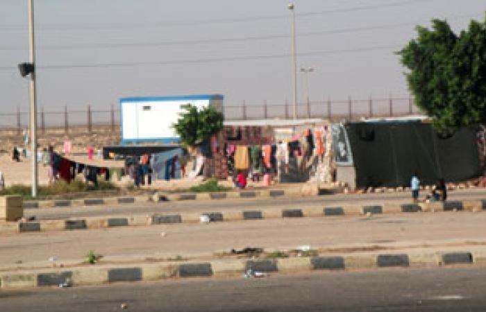 شيخ السائقين: مجهولون استوقفونا فى طريقنا من ليبيا لمصر