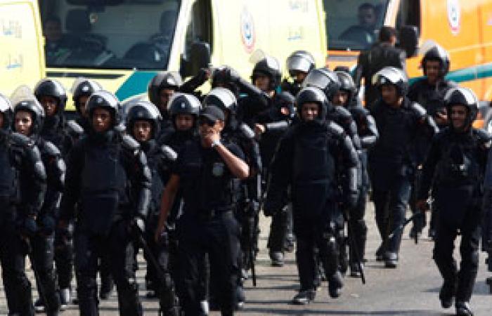 وزير الداخلية يشكر قوات تأمين محاكمة المعزول ويطالبها بالتصدى للشغب
