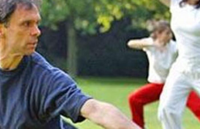 نشاط كهربائى أكبر بعضلات صدر المرأة سبب تفوقها على الرجل فى الرياضة