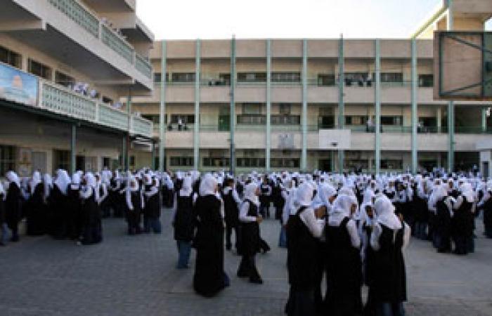 طالبات مدرسة بنات المنيا:المدرس الإخوانى سب لنا الدين ونزع عنا الحجاب
