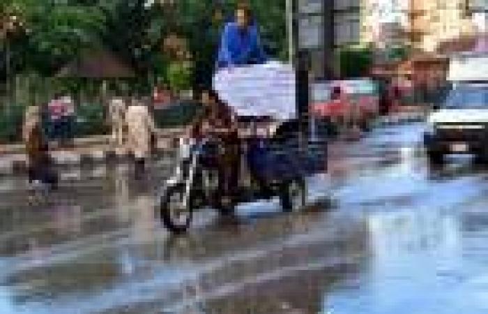 بالصور.. برك مياه في المنصورة بسبب الأمطار الغزيرة