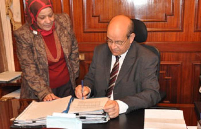 """رئيس قطاع التعليم الفنى يبحث أزمة """"مبارك كول"""" بالحوامدية"""