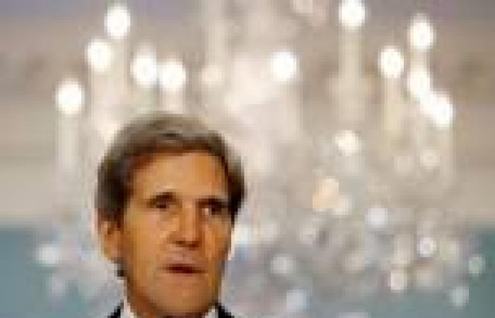 مصادر: «كيري» يُطلع «الشيوخ» على وضع المحادثات مع إيران الأربعاء