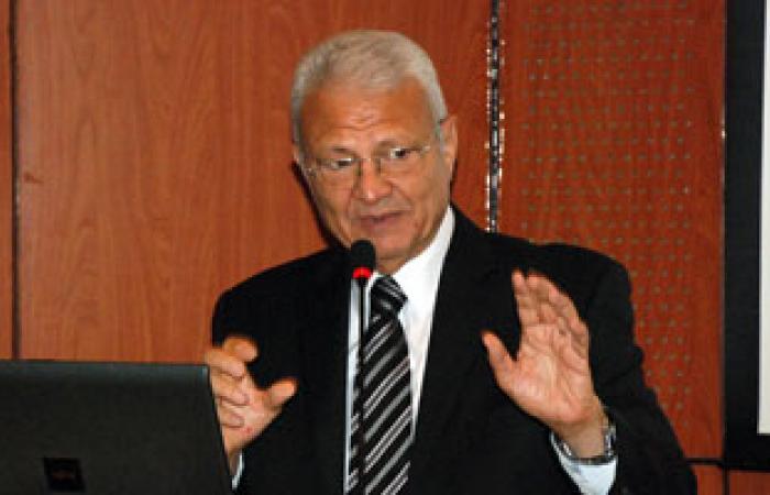  وزير الاتصالات يطلق استراتيجية صناعة الإلكترونيات فى مصر