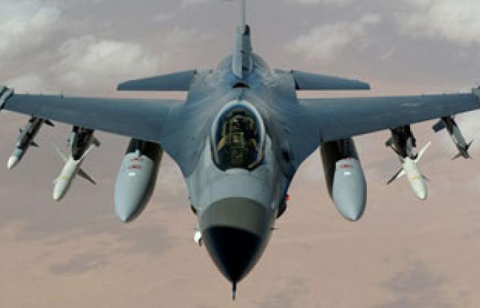 """الدفاع العراقية: تدمير معسكرين لـ""""داعش"""" فى صحراء الأنبار"""