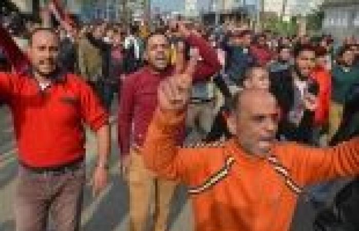 """""""يا نموت زيهم يا نجيب حقهم"""".. هتاف الأهالي عقب الصلاة على ضحايا """"تفجيرات الدقهلية"""""""