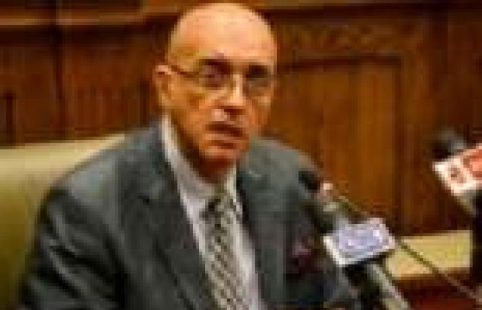 أعضاء بـ«الخمسين»: الدستور يلزم الدولة بتتبع مصادر تمويل الإرهاب