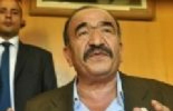 """""""الاتحاد المصري للنقابات"""" يجتمع لاتخاذ موقف موحد من تعديل خارطة الطريق"""
