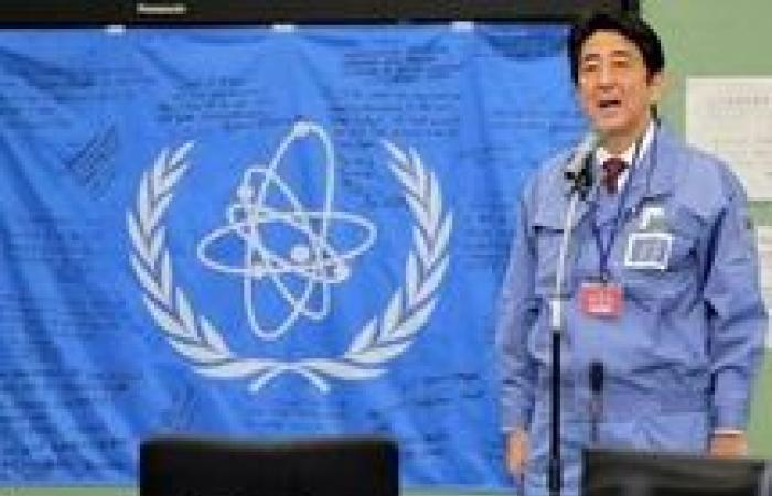 رئيس وزراء اليابان يزور ضريح «ياسوكوني».. والصين تعترض