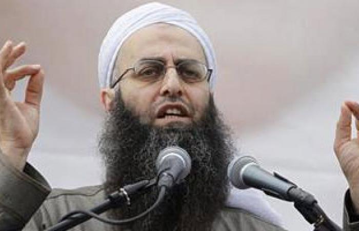 """قاض عسكرى لبنانى يتهم أتباع الشيخ """"أحمد الأسير"""" بالإرهاب"""
