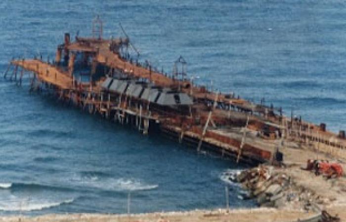 ميناء مصراتة الليبى يسجل مستويات قياسية فى تفريغ الحاويات فى 2013