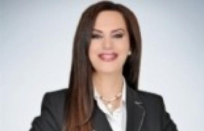 """جيهان منصور تبدأ تقديم """"دستور مصر"""" على قناة التحرير 4 يناير"""