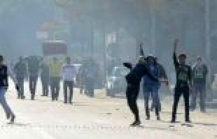 إصابات في مسيرة الإخوان بالألف مسكن نتيجة إطلاق الأمن للرصاص والغاز
