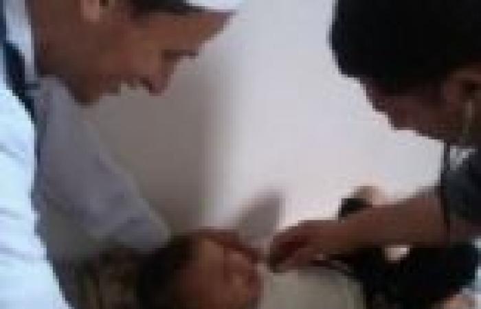 """غدا.. فرق طبية متجولة للتطعيم ضد """"شلل الأطفال"""" بالوادي الجديد"""