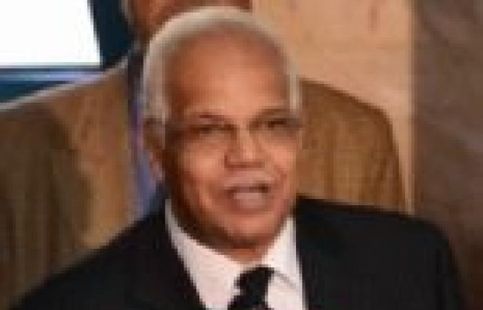 محافظ القاهرة: كلما زاد عنف الإخوان زاد إصرار المصريين