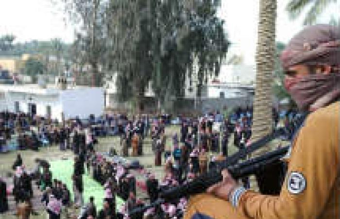 الشرطة تزيل خيام المعتصمين ضد الحكومة العراقية في الأنبار