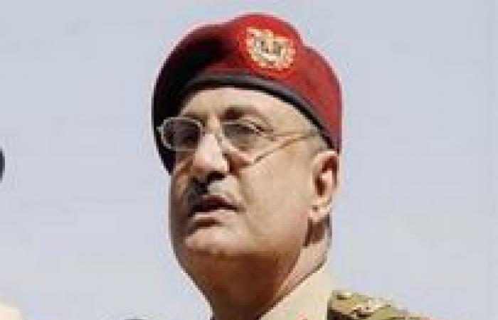 مقتل 4 جنود في هجوم انتحاري بسيارة مفخخة بجنوب اليمن