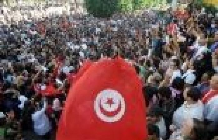 """حزب التحرير التونسي يصف الدستور الجديد بـ""""الاستعماري"""""""