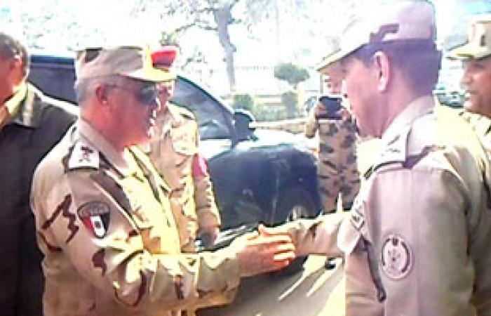 محافظ الغربية يستقبل قائد قوات الدفاع الجوى خلال جولته