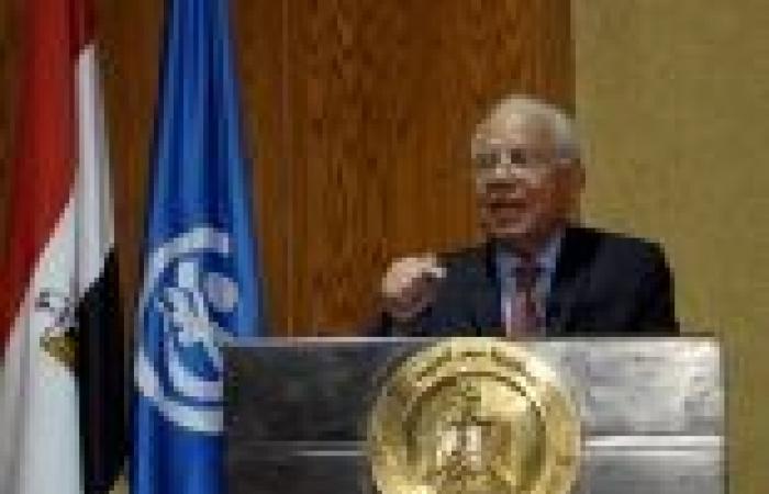 الببلاوي يصدر قرارا بزيادة الأجور بدء من يناير الجاري