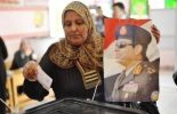 """بورسعيد تنتفض ضد الإخوان وتعلنها """"نعم للدستور"""" بـ 98.7%"""