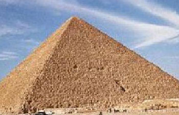 """كبير مفتشى آثار الهرم: الإهمال الإدارى سبب سرقة """"خرطوش خوفو"""""""
