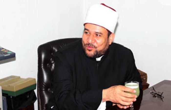 وزير الأوقاف يتعهد بتحسين أحوال الأئمة والخطباء بعد التجديد له