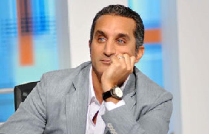 """بالفيديو.. أم محمد لـ""""باسم يوسف"""": """"أنا نقطتك السودة ووراك لغاية ما تطلع من مصر"""""""