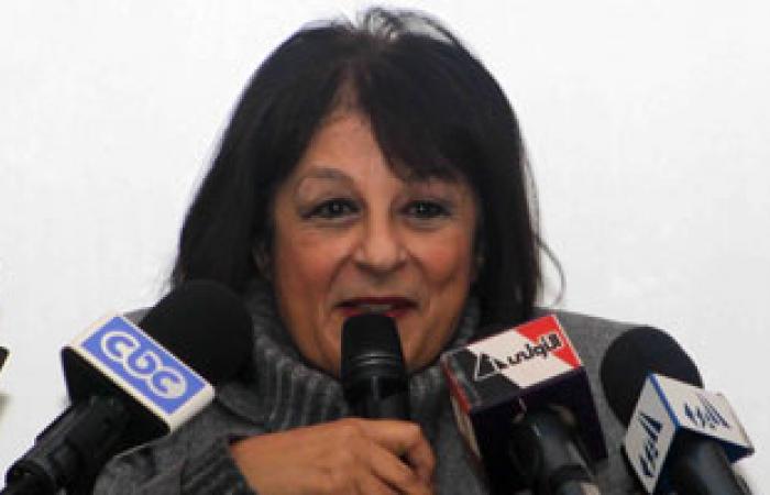 """وزيرة البيئة: البدء فى تطبيق """"مبادرة الفصل من المنبع"""" 8 مارس"""
