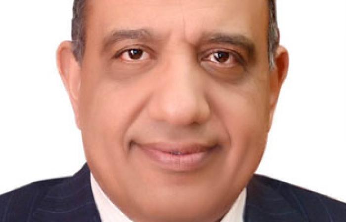 """""""عصمت"""" رئيسا للقابضة للمطارات و""""كامل"""" لميناء القاهرة الجوى"""