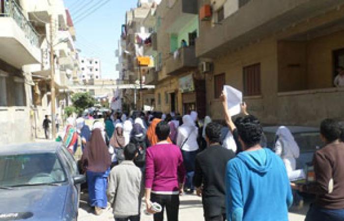 مسيرة إخوان إمبابة تتجه للمهندسين.. والأمن يتأهب لمنعها