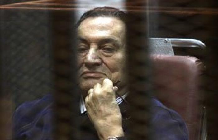 """مصدر بـ""""المعادى العسكرى"""": استقرار حالة مبارك بعد عودته للمستشفى"""