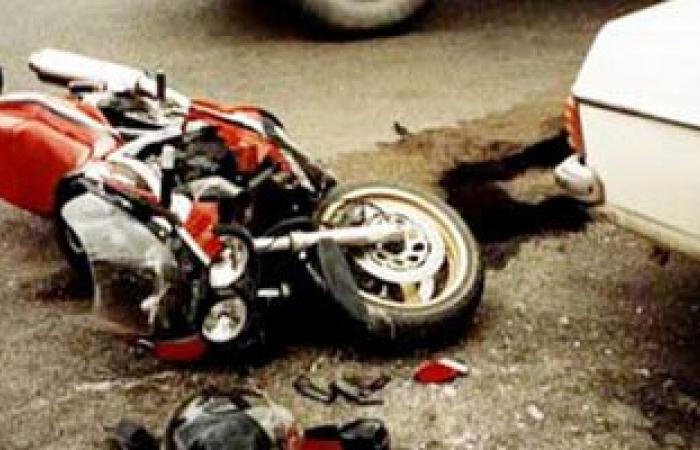 مصرع عامل فى حادث تصادم سيارة ودراجة بخارية أعلى كوبرى سوهاج الجديد