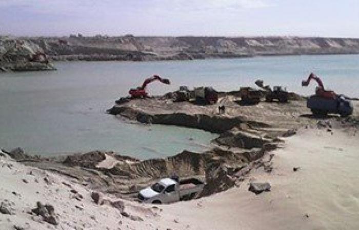 مهاب مميش:رفع 53% من الرمال المشبعة بالمياه و118 يوماً لافتتاح القناة