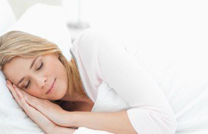 النظارات البرتقالية تساعد فى الحصول على نوم جيد