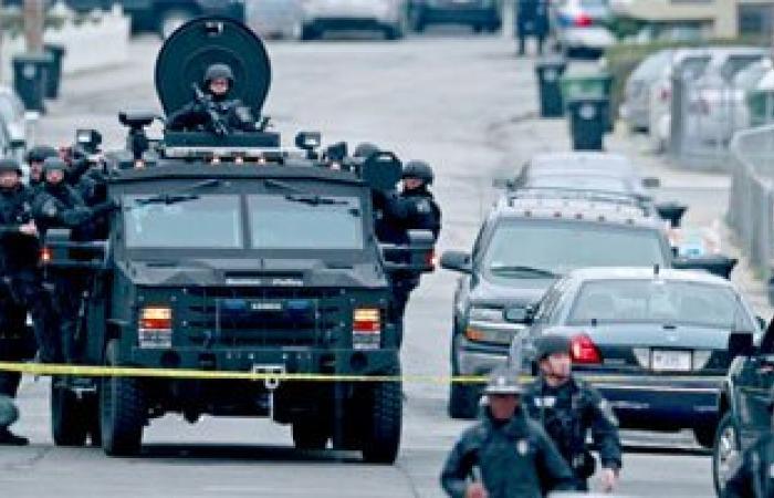 """الشرطة الأمريكية تفحص عبوة """"هيكلية"""" بالقرب من مبنى الكونجرس بعد إغلاقه"""