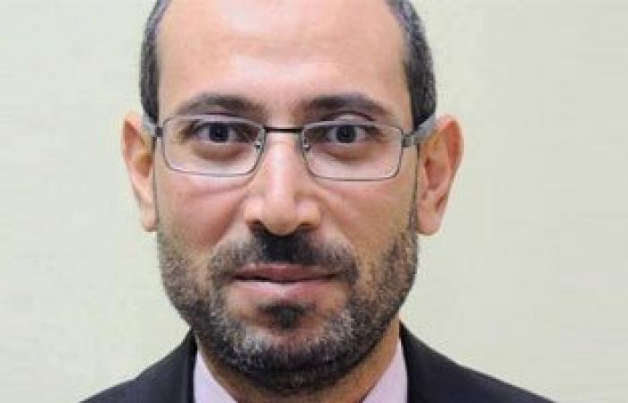 """إخلاء سبيل أمين الصيرفى سكرتير """"مرسى"""" و7 آخرين لاتهامهم بالانضمام للإخوان"""