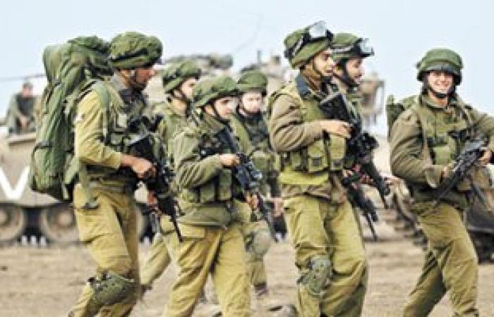 الجيش الإسرائيلى يقيم جدارا فاصلا جديدا مع حدود لبنان