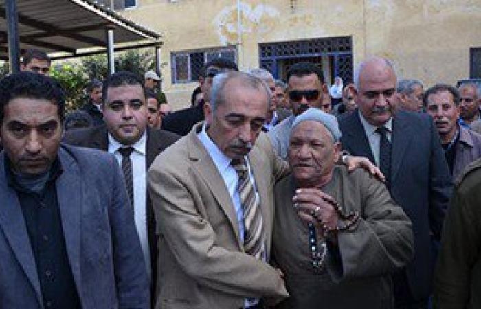 الآلاف يؤدون صلاة الجنازة على شهداء كفر الشيخ