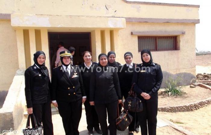 """بالصور.. تدريبات الشرطة النسائية على الرماية بالذخيرة الحية بـ""""أبو زعبل"""""""