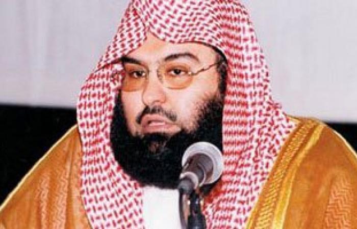 إمام المسجد الحرام : من بشائر النصر وحدة الصف