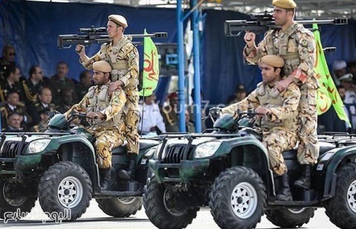 بالصور.. إيران تستعرض قدراتها العسكرية فى يوم الجيش