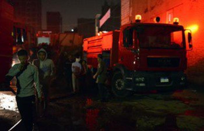 الحماية المدنية تسيطر على حريق بمحل للبويات فى المعادى