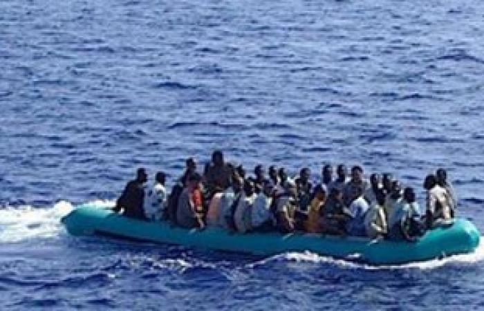 انتشال 24 جثة والبحث عن مئات المفقودين فى كارثة غرق قارب الـ700 مهاجر