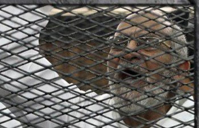 """بدء محاكمة بديع و19آخرين فى """"اقتحام قسم شرطة العرب ببورسعيد"""""""