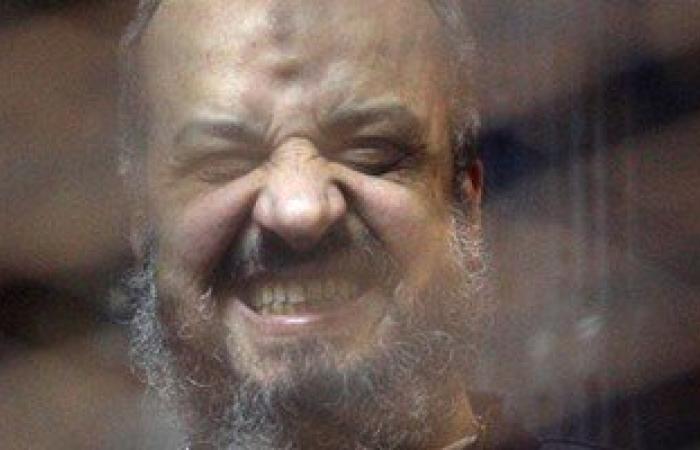 """البلتاجى يهتف أثناء محاكمته فى """"اقتحام سجن العرب"""": """"الله أكبر وتحيا مصر"""""""